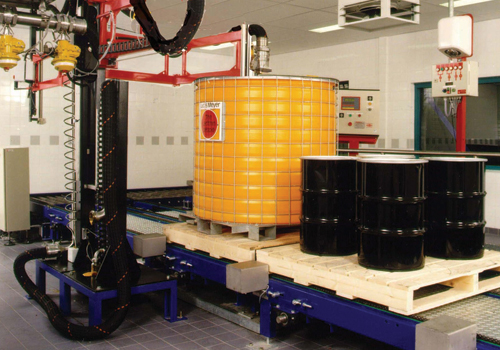 Semi-automatic filling systems for bottles, jerry cans, drums and IBC